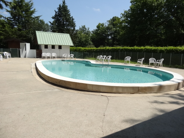 Mobil home d 39 occasion yvelines 78 autres classique for Club piscine cabanon